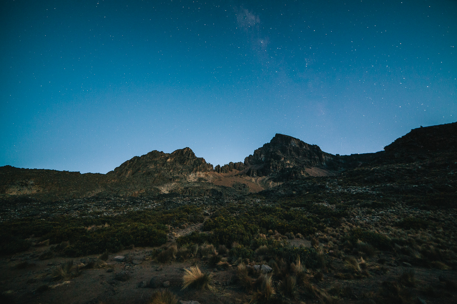 kilimanjaro-mawenzi-dusk